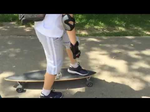 /Emil. First Time Longboarding/arbor/fish/