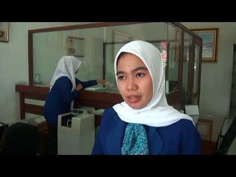 Rupiah Melemah, Masyarakat Palembang Serbu Money Changer