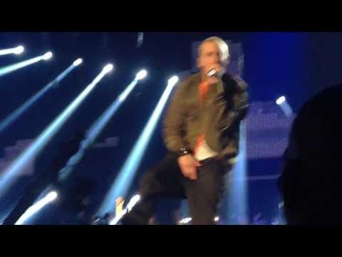 eminem Rap God and Berzerk MTV EMA 2013