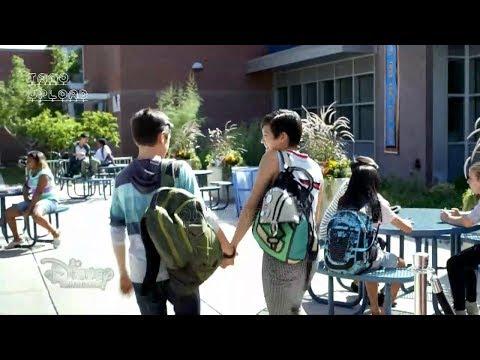 Andi Mack | Quiero sostener tu pulsera | Español Latinoamericano | Vistazo