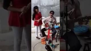 Tài năng một nhạc sĩ - ca sĩ khiếm thị.