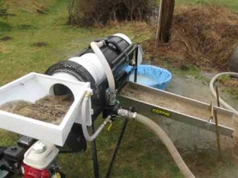 "Testing my 2014 Homemade 12"" Portable Gold Mining Trommel Wash Plant"
