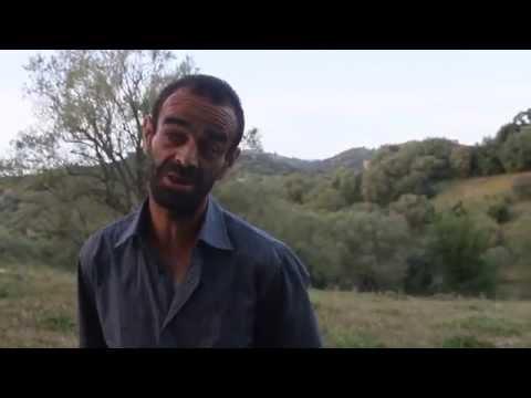 Comédie de Kabylie Hamid Talouchi action 2