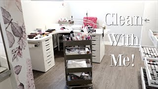 Clean With Me | Before a Nail Art Workshop!