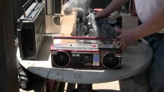 Aiwa CS-200 CS-230 CS-210 CS200U Comparison Mini Boombox Unboxing Line-in Mp3 Aux CD Versus Review