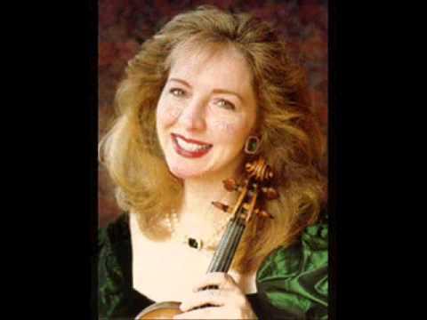Violinist Stephanie Chase
