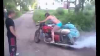 Бабы на советских мотоциклах  Смешно  угар  прикол  приколы!