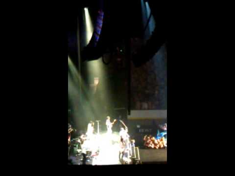 Mike Posner July 20 2016 TD Garden Boston Ma PT1
