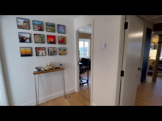 Fantastic 2 Bed Flat in a Converted Granary Main Photo