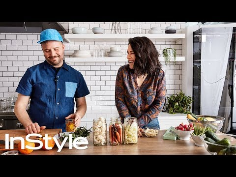 Broad City's Abbi Jacobson Hilariously Tries to Pickle Vegetables  InStyle