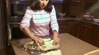 How to Make Traditional Greek Easter Bread (Tsoureki Recipe)