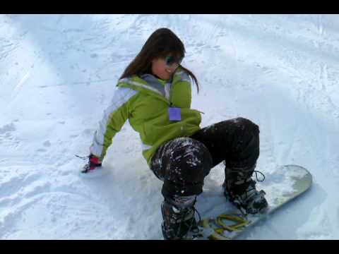 Potter girl's first time snowboarding @ Pando
