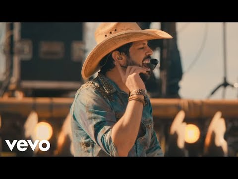 Fernando & Sorocaba - Menina Pipoco (Ao Vivo) ft. Nego do Borel