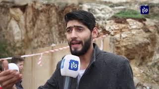 انهيار قطع صخري على عمارة سكنية في ضاحية الرشيد - (9-12-2018)