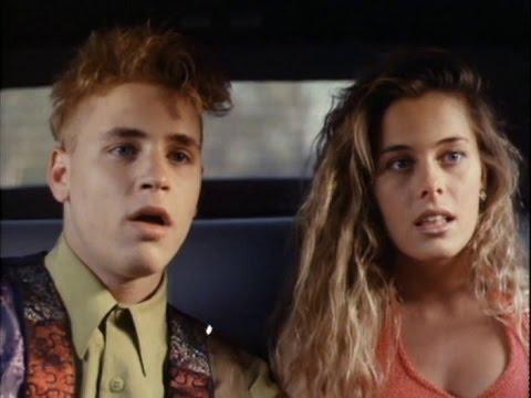 Corey Haim, Nicole Eggert y Brigitte Nielsen en Agente ...