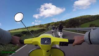 Bagarre in Vespa - 102 Special VS PX 177 - OnBoard - Gomme chiuse thumbnail