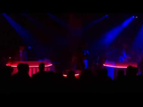 METRONOMY - SIDE 2 - LIVE PARIS @ LA MAROQUINERIE 31/01/2014