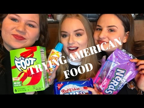 TRYING CRAZY AMERICAN FOOD (exchange students)