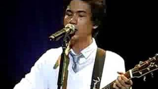 Eraserheads - Lightyears (LIVE, front row at Reunion Concert)
