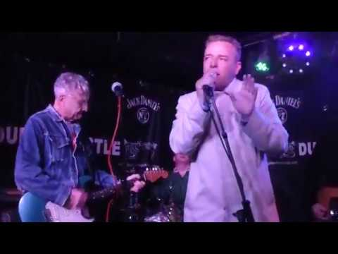The Clang Group - HAD A NICE NIGHT feat. Suggs @ The Dublin Castle 12 OCT 2017