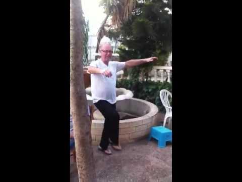 moshiko dance dance dance :))