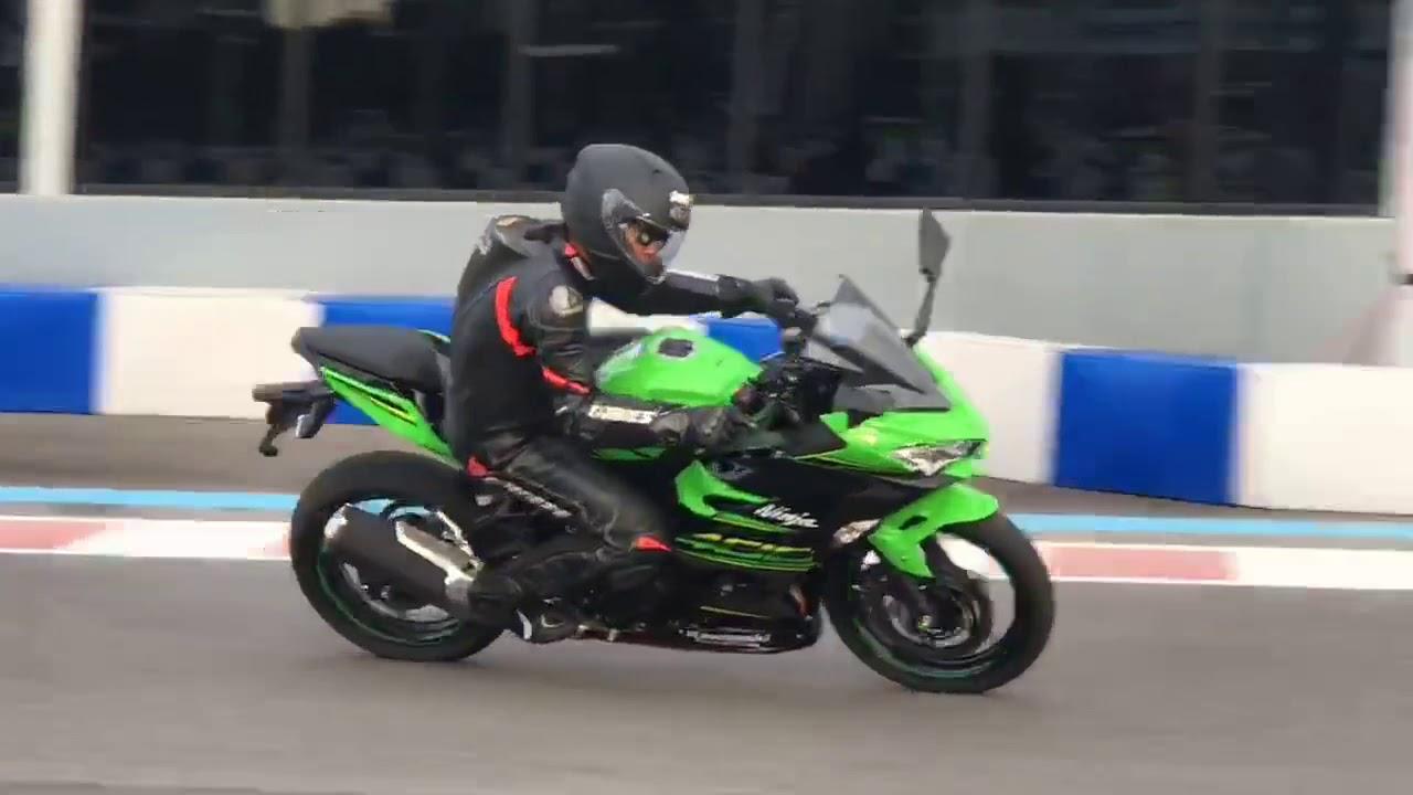 Test Ride Kawasaki Ninja 400 Youtube
