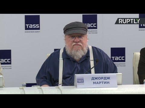 Game of Thrones : George Martin répond aux questions des journalistes à Saint-Pétersbourg
