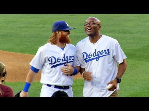 UFC Champ Anderson Silva 1st Pitch at Dodgers