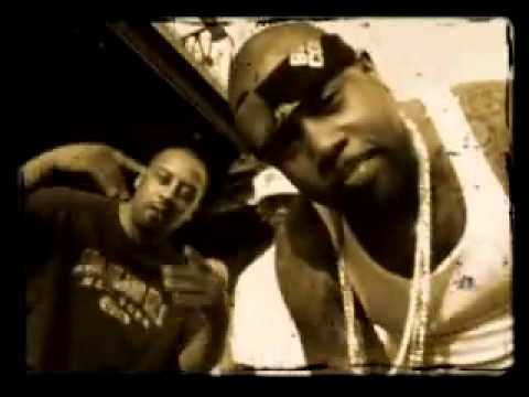 Infamous Mobb ft Prodigy of Mobb Deep - Pull the Plug