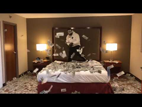 Black Youngsta - Flexing With $2 Millon In Cash In Hotel Room