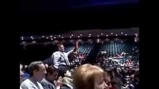 Preacher rebukes Joel Osteen in the middle of Lakewood