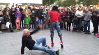 Street performance in Berlin. (B-boying/Breakdancing and Skating)