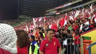 Download lagu merinding..saat lagu kbgsaan Indonesia raya berkumandang di shah alam stadium, Malaysia VS Indonesia