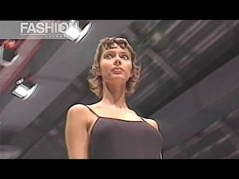 MAX MARA Fall 1993 Milan – Fashion Channel