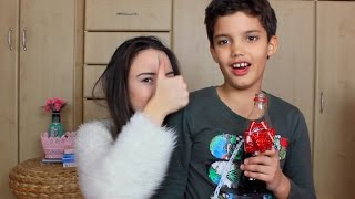 Video WHAT IS IN MY HAND? Jana Dacovic download MP3, 3GP, MP4, WEBM, AVI, FLV November 2017