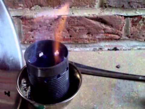 Bio Ethanol Gel being Burned in Woodgas Stove Tin - YouTube