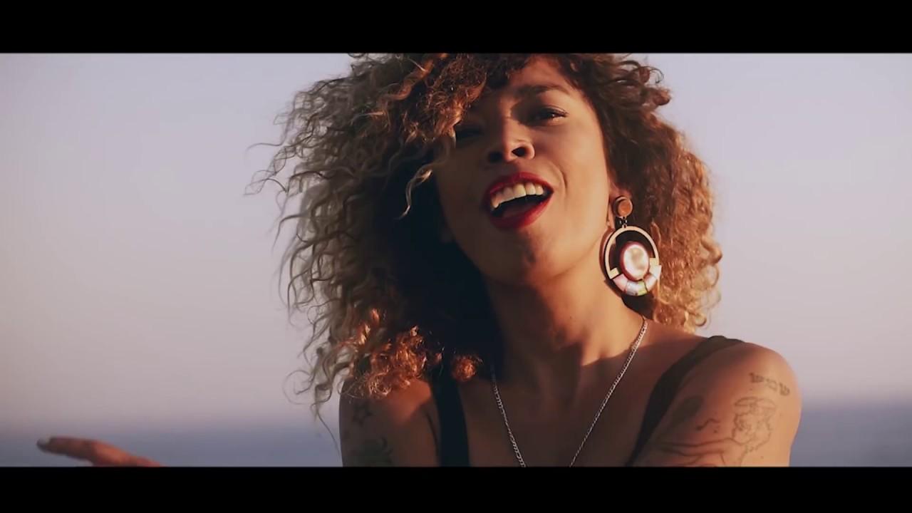 Flavia Coelho | Se Ligue (TorVatz Remix)