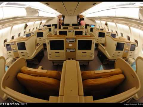 EMIRATES AIRLINES VS SINGAPORE AIRLINES - YouTube