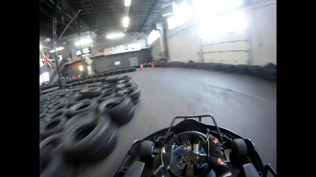 Onboard at karting extreme youtube for Karting interieur quebec