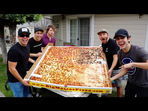 Thumbnail: EATING THE WORLD RECORD PIZZA!!