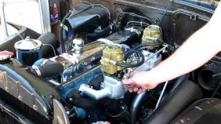 Buick straight 8 running with dual carbs and dual Smithy exhaust