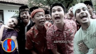 Video Munaroh Bang Ocid Datang - Boy Band Ubur-Ubur | Official ASProductions download MP3, 3GP, MP4, WEBM, AVI, FLV Desember 2017