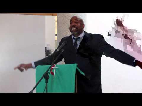 Rev. Joe Daniels preaching at the 2015 Zimbabwe Pastors' School