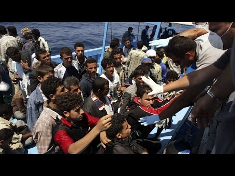 Fewer migrants reached Europe by sea in 2016