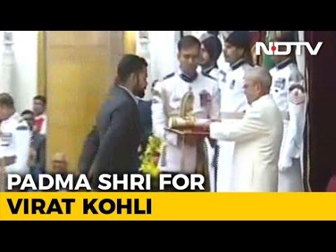 virat-kohli-receives-padma-shri-at-rashtrapati-bhavan