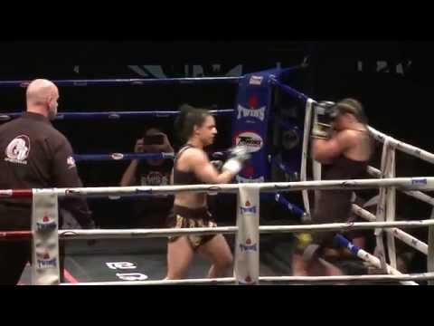 Fight Night in der Friedrich-Ebert-Halle Ludwigshafen