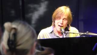 Jackson Browne at St. Michelle Winery - Fountain of Sorrow pt 2