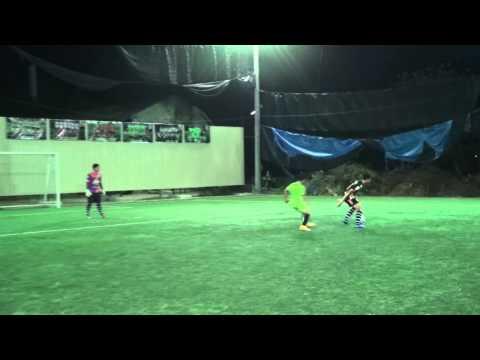 ฟุตบอลสนามหญ้าเทียม ทีมPSI VS ทีม พงษ์หาญพาณิชย์
