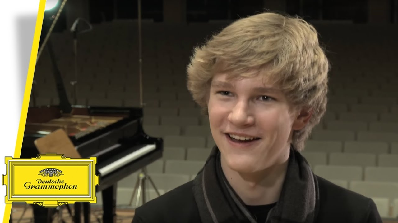 video: Jan Lisiecki talks about Mozart