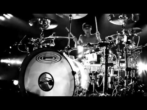 blink-182 Dogs Eating Dogs (Music Video)